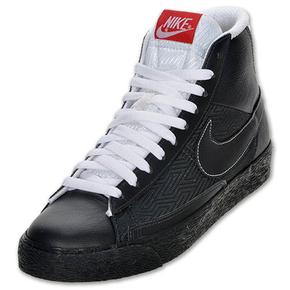 nike blazer shoes Nike Blazer Low Chalk Black Red [Nike Blazer Low 14] - Sleek leather Nike Blazer with textured and coordinating leather detailing. Finished with a 2-tone outsole and textured rubber sole.